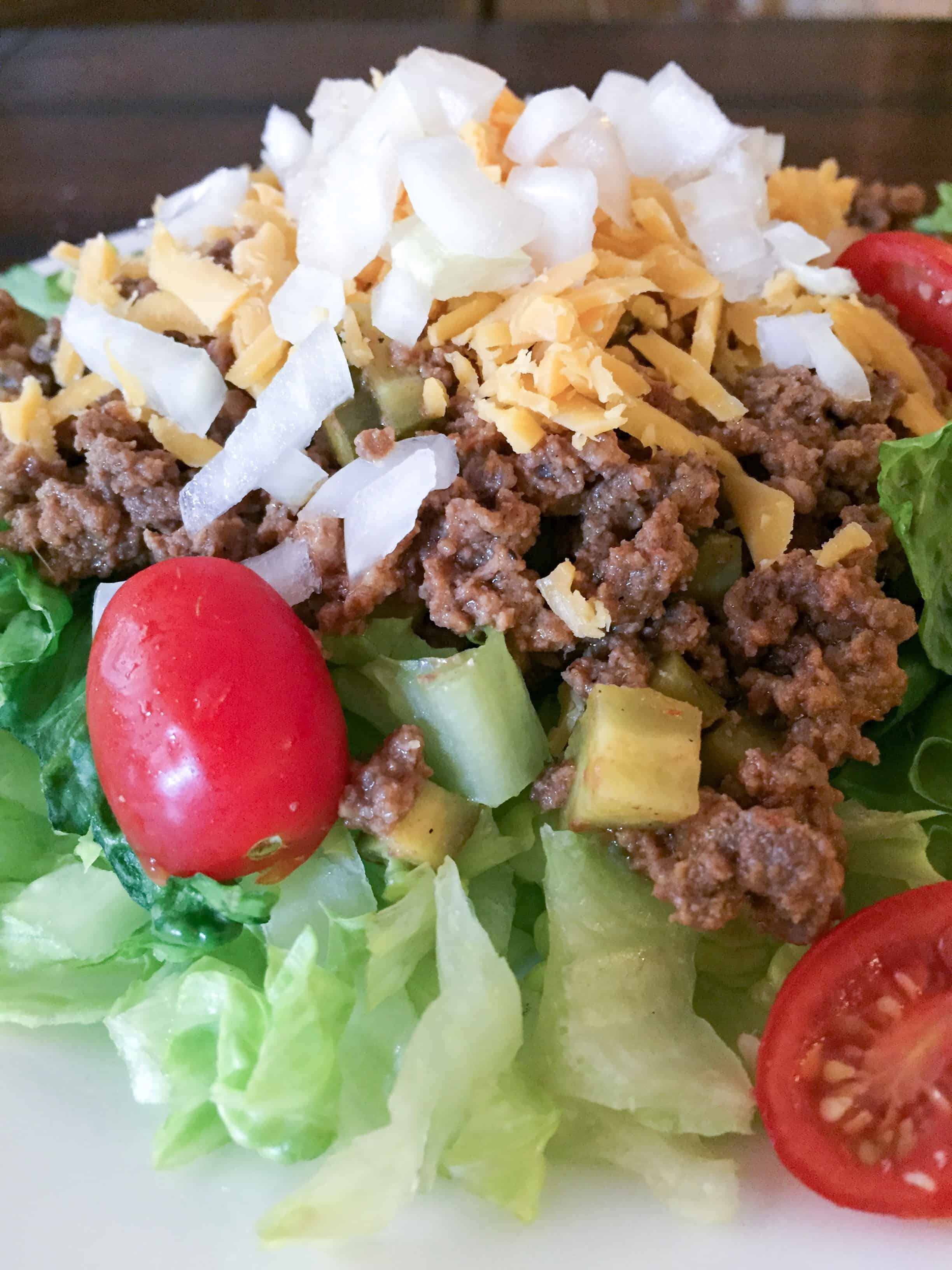 Low Carb Cheeseburger Salad (THM-Friendly)
