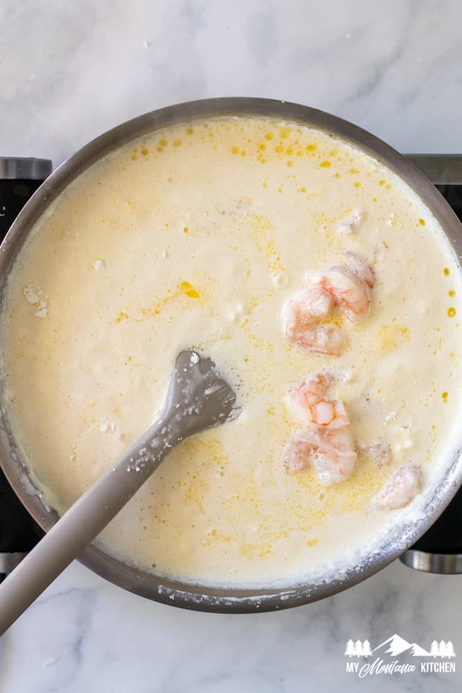 keto alfredo sauce with shrimp in skillet