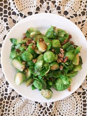 Maple Pecan Glazed Brussels Sprouts {THM-S, Low Carb}