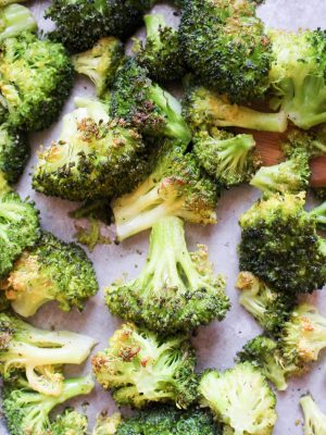 Easy Oven Roasted Broccoli {THM-S, Low Carb}