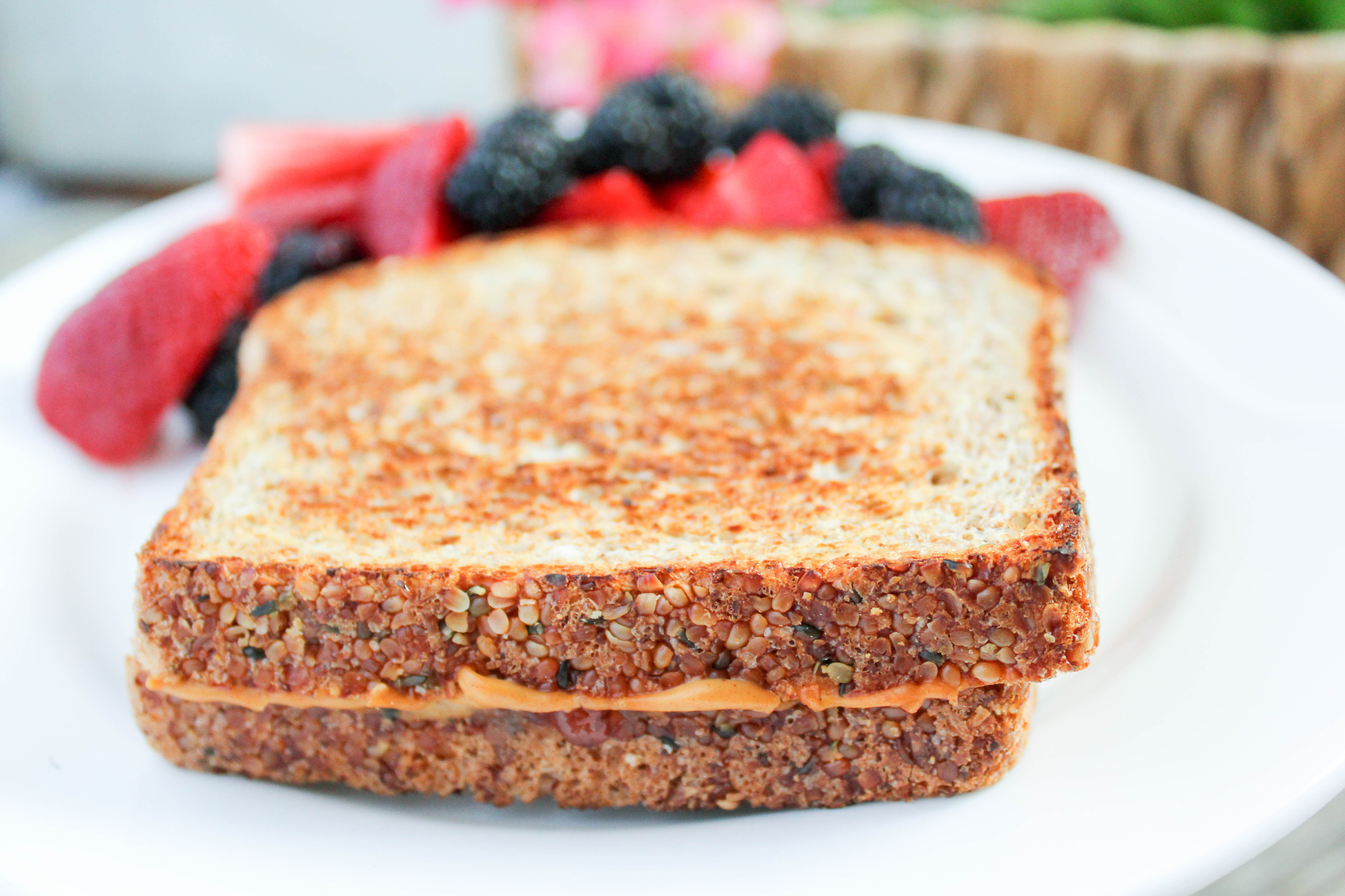 Grilled Peanut Butter and Jelly Sandwich (THM-E, Low Fat)
