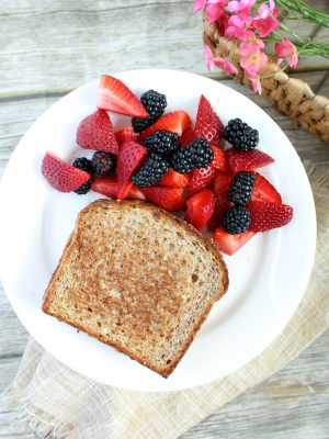 Grilled Peanut Butter And Jelly Sandwich {THM-E}