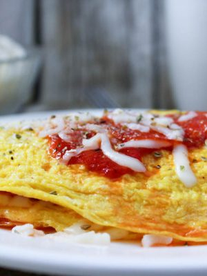 Pizza Omelette (Low Carb, THM-S)