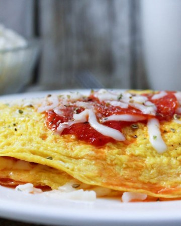 Low Carb Pizza Omelette (THM-S)