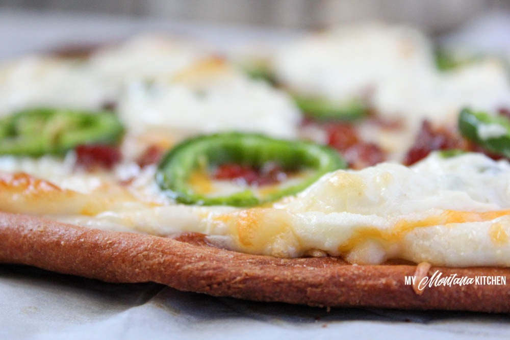 Low Carb Bacon Jalapeno Popper Pizza (THM-S)