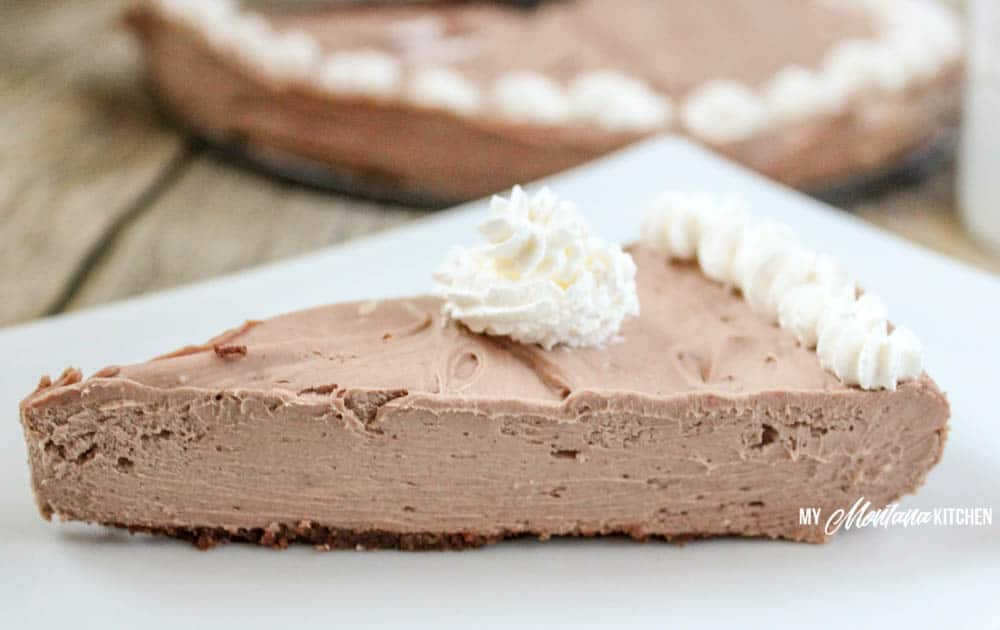 No Bake Chocolate Cheesecake (Low Carb, Sugar Free, THM-S) #trimhealthymama #nobake #thm #mymontanakitchen #lowcarb #sugarfree #cheesecake #chocolate