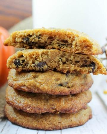 Pumpkin Chocolate Chip Cookies (Low Carb, Sugar Free, Gluten Free, THM-S) #pumpkin #pumpkincookie #chocolatechipcookie #lowcarb #trimhealthymama #thms #sugarfree #healthycookie