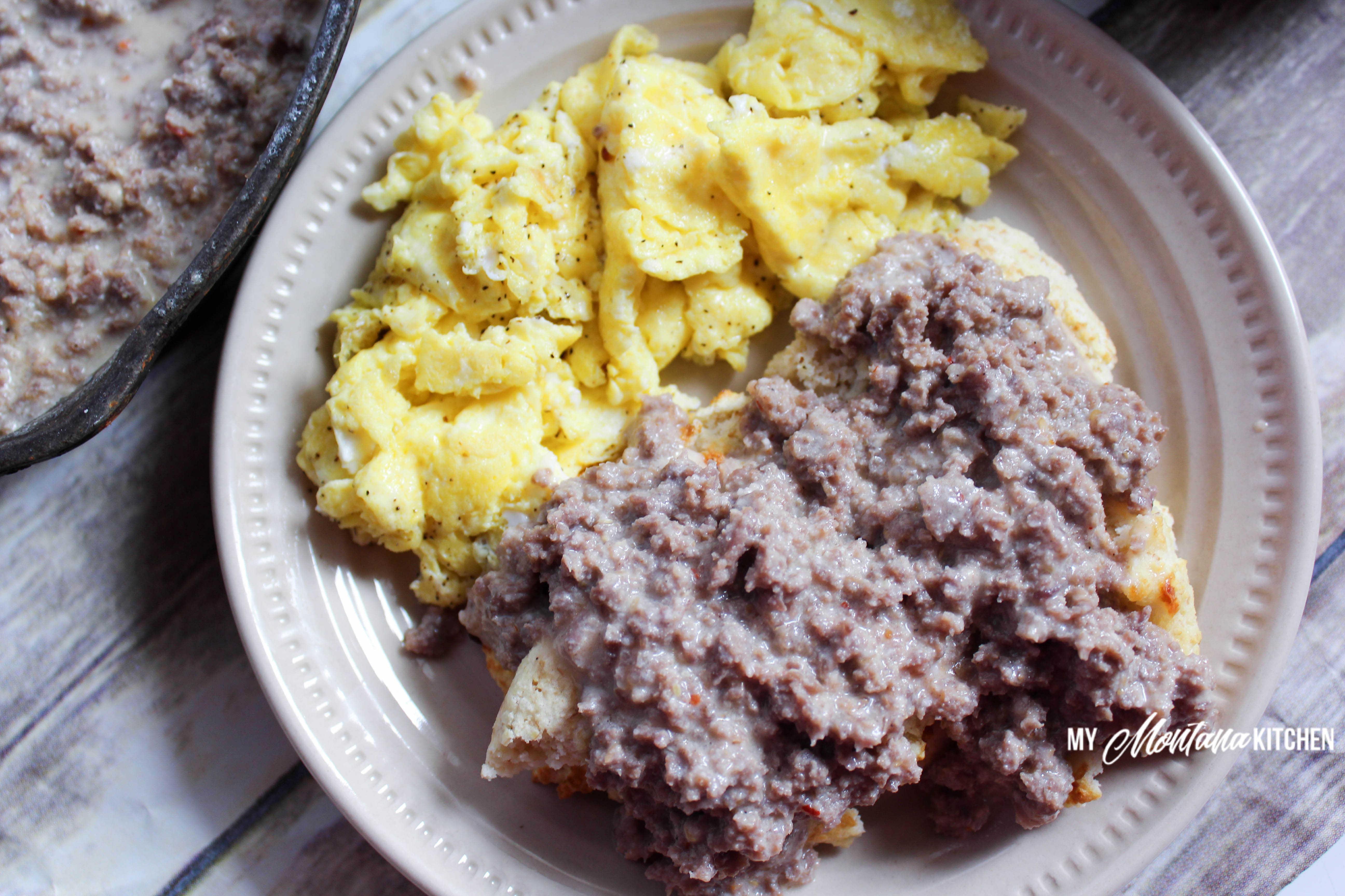 Low Carb Sausage Gravy (THM-S, Gluten Free) #trimhealthymama #thm #thm-s #lowcarb #lowcarbgravy #sausage #sausagegravy #mymontanakitchen