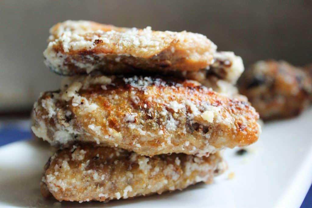 Garlic Parmesan Wings (Low Carb, THM-S, Keto) #trimhealthymama #thm #thms #lowcarb #glutenfree #keto #wings #garlic #parmesan #garlicparmesan