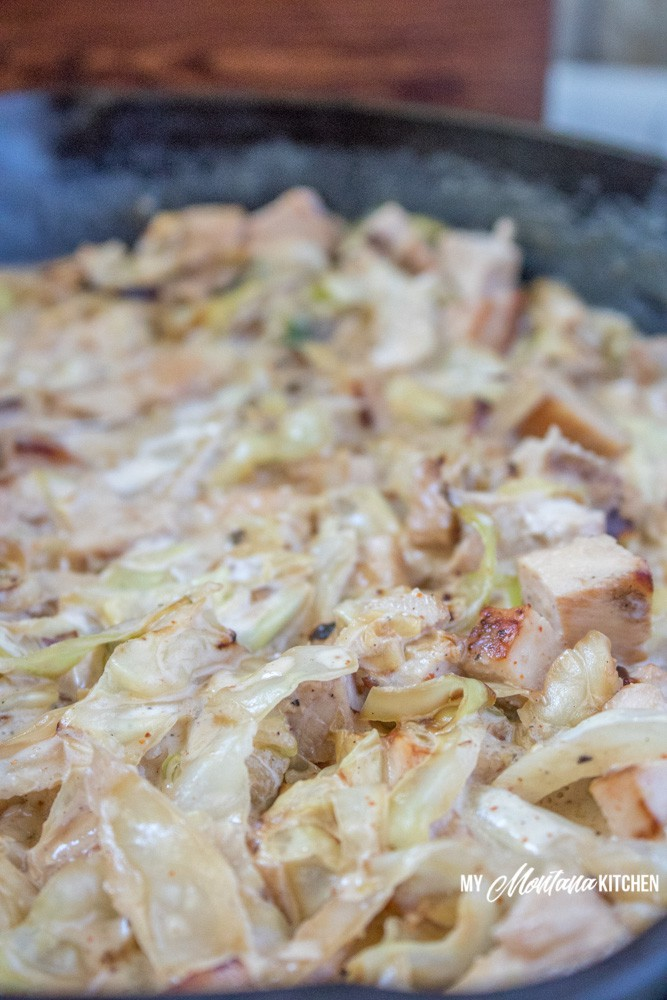 This Creamy Cajun Chicken and Cabbage tastes like a Cajun Alfredo. It is an easy low carb meal that can be made on your stovetop. Perfect for summer or any time you need an easy, quick meal idea. #trimhealthymama #thm #lowcarb #cajun #chicken #cabbage #glutenfree #chickenandcabbage #easydinner #healthymeal