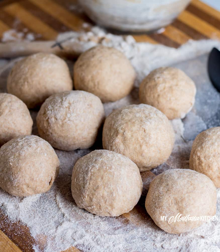 It only takes 30 minutes from start to finish to make these Sprouted Wheat 30 Minute Rolls. Healthy, filling, and they can be enjoyed as a Trim Healthy Mama E recipe. Quick, healthy, and sure to be a family-pleasing recipe! #trimhealthymama #thm #thm-e #lowfat #sproutedflour #30minuterolls #realfood #mymontanakitchen #thmbread