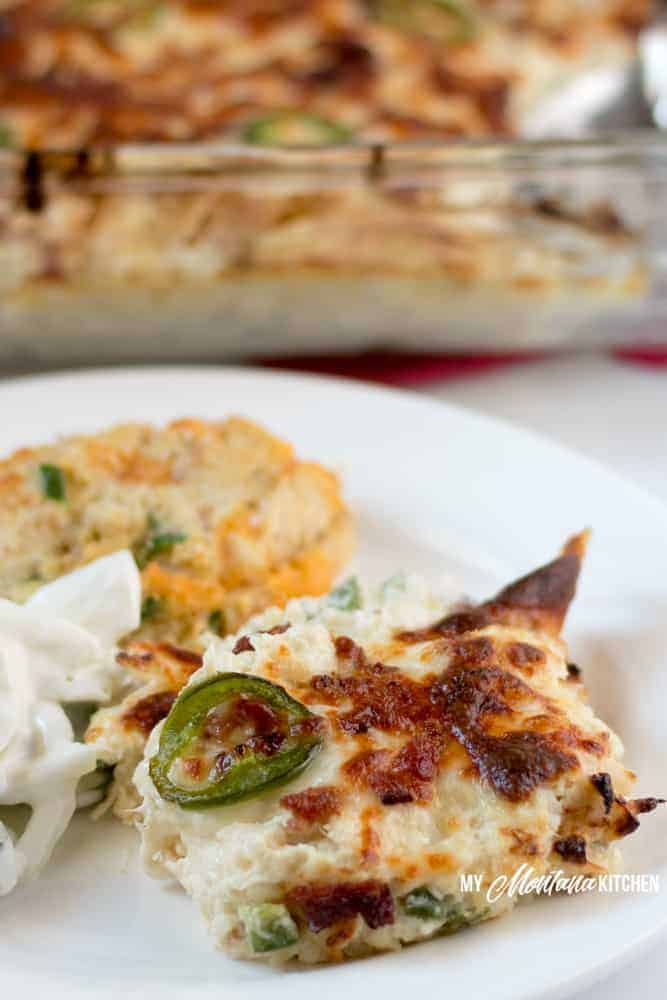 This low carb keto chicken casseroleis spicy, savory, and downright mouthwatering.Jalapeño popper chicken casserole with bacon is about to become a weeknightfavorite in your home when you need an easy, one dish keto dinner that the wholefamily will enjoy. Serve it up all on its own orwith your vegetables or fresh salad on the side. #ketochickencasserole #lowcarbchickenrecipe