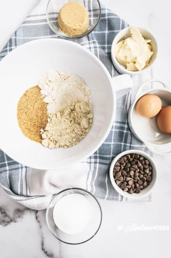 ingredients for low carb chocolate chip cookies