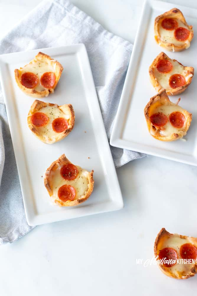 low-carb-pizza-cups-on-white-tray