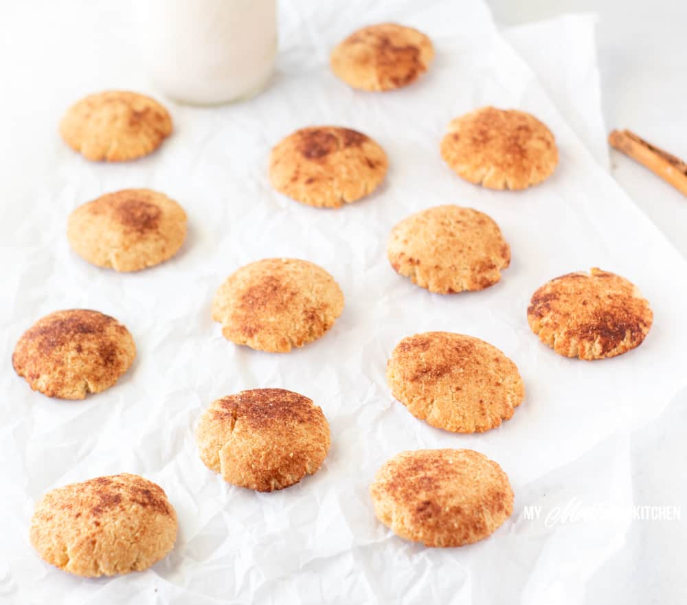 sugar free snickerdoodles on crinkled parchment paper