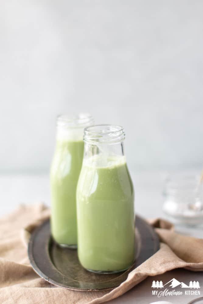 image of keto iced matcha latte