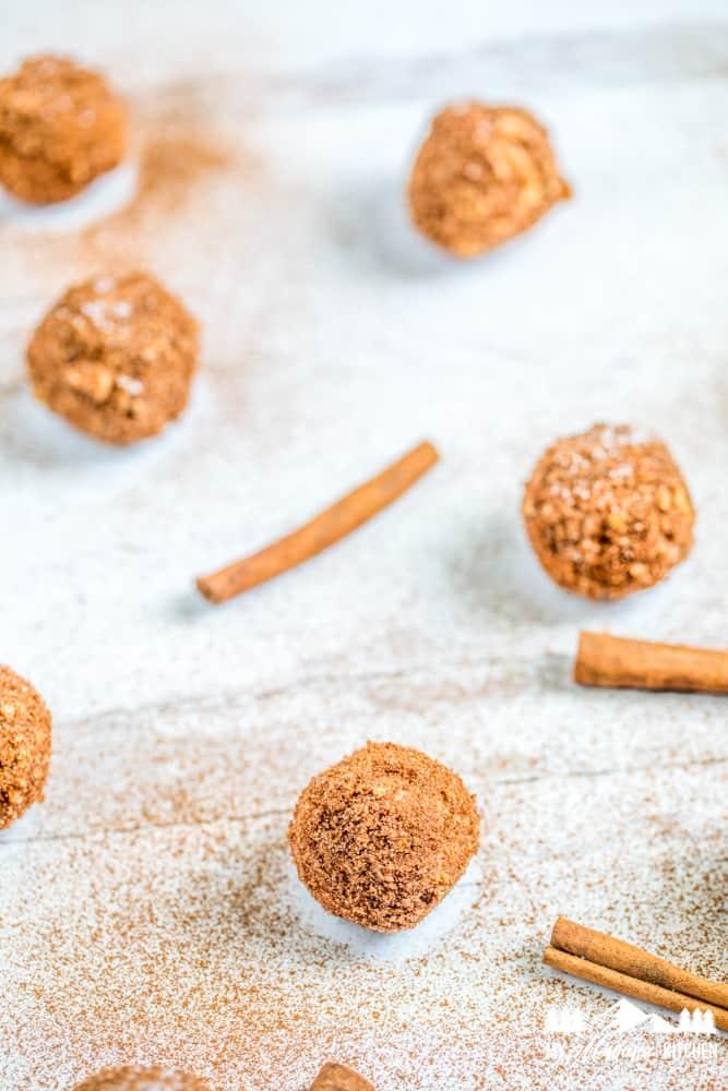 cinnamon dusted churro fat bombs