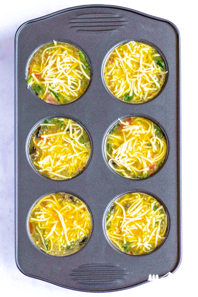 egg muffins in muffin tim
