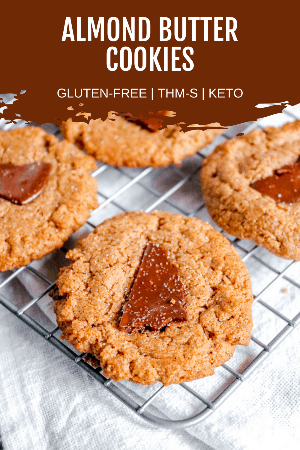 Keto Almond Butter Chocolate Cookies are a flourless cookie that are keto approved and gluten free. 5 ingredients is all it takes to whip up these simple keto chocolate cookies.